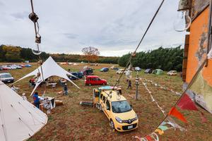 キャンプ場で「仕事」も「遊び」もトコトン楽しむのが今風! 今年は「ワーケーション」がテーマ「KANGOO CAMP 2020」の全容