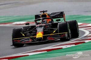 """【F1メカ解説】レッドブルF1、トルコGPに改善パーツ投入も""""フロントウイングが7度違う""""ミスで真価は見えず……"""