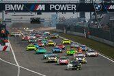 NLSニュルブルクリンク耐久シリーズが2022年以降に12時間耐久などレース距離拡大を検討
