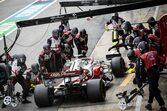 アルファロメオF1、レアなトラブルが重なり、入賞のチャンスを失う。FIAからのメッセージにエラー