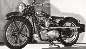 世界最古のモーターサイクルブランドRoyal Enfieldが120年愛され続ける理由