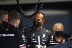 エンジンの異音に悩み、対策を進めるメルセデスF1。ハミルトンは「僕が心配しても仕方ない」と冷静