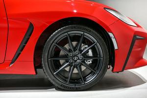 トヨタ SUBARUと共同開発の「GR86」を初公開 2021年秋発売予定