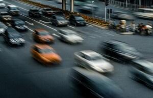 「春の全国交通安全運動」が本日4月6日に開始。新学期の小学生など歩行者の安全にも配慮を