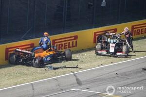 """多重クラッシュは面白さ優先の弊害? FIA、ハミルトンの""""不快な""""指摘に反論"""