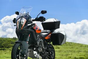 【試乗インプレ】KTM「1290 SUPER ADVENTURE S」スポーツライディングも視野に入れたポテンシャル <ADVenture's 2020>