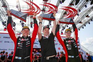20歳のロバンペラが史上最年少優勝「私の記録を塗り替えたことを嬉しく思う」とラトバラ/WRCエストニア