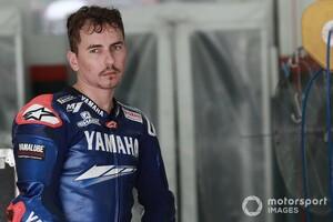 """【MotoGP】「バイクの耐久試験には良いんじゃない?」ロレンソ、""""職""""奪ったクラッチローに追加口撃"""