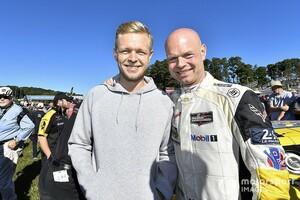 シート喪失のケビン・マグヌッセンに、父ヤンがアドバイス「F1を諦める必要はないが、視野は広く持って……」