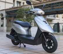 原付50ccスクーターのメリット&デメリットを検証! ヤマハ「ジョグ」通勤インプレ|公共交通機関の定期代と原付のガソリン代を比較