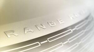 第5世代の新型レンジローバーが日本時間10月27日に初披露