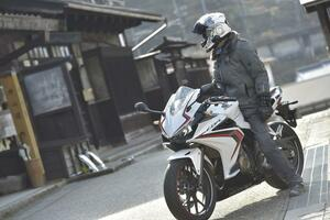 400cc以下のフルカウルスポーツでCBR400Rの『快適性』は突出してる!?【ホンダの道は一日にして成らず 第3回/Honda CBR400R 後編】