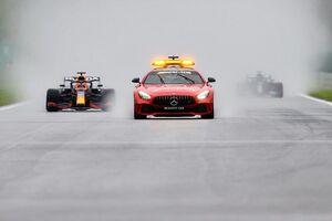 """F1マシンを雨で走れるクルマに! FIA会長、次世代マシンで""""視界不良""""への対処を求む"""
