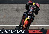 レッドブル代表「ほんの数ミリ、コースを離れ、ポールを失った」/F1第3戦予選