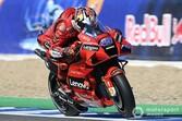 MotoGPスペイン決勝:ジャック・ミラー、5年ぶり勝利に涙。中上貴晶追い上げ自己ベストタイ4位/クアルタラロまさかの失速13位