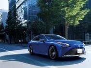 世界で3社しか市販していないレアなFCVの1台、トヨタ MIRAIのドライブフィールに注目! 【EDGE'S Attention】