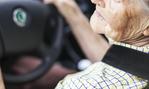クルマの運転免許を自主返納した人はどれくらいいるのか?