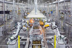 ボルボがSSAB社と共同で化石燃料を使わない製鉄の研究を開始
