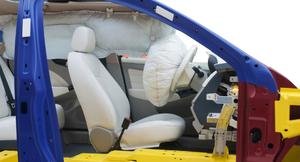 知らずに使うと危険?エアバッグの種類や仕組み、意外な注意点を解説
