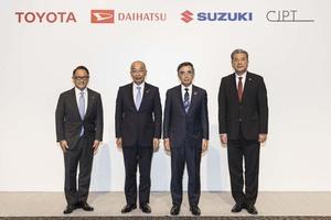 トヨタの商用車提携にスズキとダイハツも参加!! 軽商用車の電動化によって物流はさらに進化するのか!?