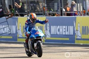 【MotoGP】スズキのアレックス・リンス、ついに掴んだ今季初勝利「これまでよりも難しい1勝だった……」