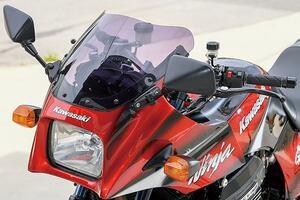 ACサンクチュアリーGPZ900R(カワサキGPZ900R)コンプリートカスタム購入後にアップグレードも【Heritage&Legends】