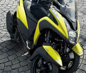 ヤマハが原付二種「トリシティ125」の2021年モデルを発表! 鮮明な新色〈イエロー〉が登場