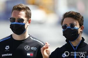 """ニック・デ・フリーズ、メルセデスF1のリザーブドライバーに。バンドーンとの""""フォーミュラEコンビ""""で不測の事態に備える"""