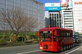 「10WD」「8WS」ゆる~い見た目もハイテクの塊だった! 東京・池袋で見かける「IKEBUS」ってなにもの?