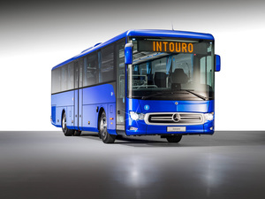 バスにこそ必須! メルセデス・ベンツに最新のアクティブブレーキアシストが搭載