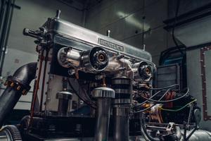 約1世紀ぶりに蘇った「ブロワー」エンジン、ベントレーのクルー工場におけるテストをスタート