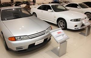 初代シルビアが!! AMGカラーのスイスポが!!! ディーラー中古車販売が尖ってきたホントの理由