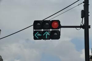 信号の変わるタイミングがわかる夢のような技術! 渋滞の解消も期待される「TSPS」って何?