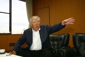 スズキの鈴木 修会長が退任。40年以上に渡って経営を指揮。新中期経営計画も策定