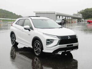 三菱自動車、「エクリプスクロス」をビッグマイナーチェンジ デザイン一新 PHEV新設定