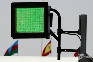 """""""世界最高基準""""の安全設備をより多くのレースで! F1で活躍中の警告用ライトパネルをF1&MotoGP開催サーキットで設置義務化へ"""
