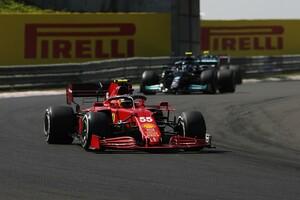 フェラーリ、サインツJr.のPU異常で3基目を投入。問題のPUはファクトリーで検査へ