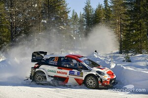 【WRC】トヨタ、ハイブリッドシステム搭載の2022年新型車両は夏頃にテストか。チーム代表のラトバラも自らドライブ?