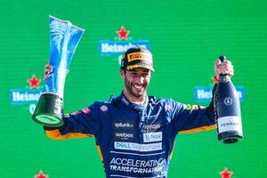 表彰台獲得の約束を果たしたリカルド、F1アメリカGPの前にアーンハートのNASCARマシンをドライブへ