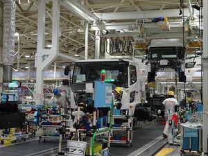 日野、古河工場で生産停止 東南アジアからの部品供給滞る 「プロフィア」「レンジャー」に影響