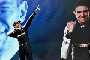 トップを走るより中団争いの方が難しい? F1初優勝のオコン、GP3以来久々の勝利も「勝てなくたった腕が鈍っていたわけじゃない」|F1ハンガリーGP