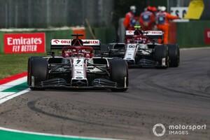 師匠兼チームメイト? ジョビナッツィ「今年もライコネンと一緒で嬉しい」|F1ニュース