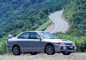 「名車購入ミニガイド付き」ランサー・エボリューションは「ラリーの三菱」の象徴。超ホットな狼セダンだった
