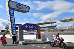 電動バイクレース『MotoE』 ちょっと変わった予選方式と、たった12分間の決勝レース