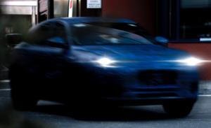 マセラティが新型SUV「グレカーレ」のプロトタイプを公開