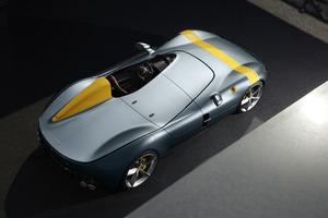 フェラーリ モンツァ SP1がイタリアの工業デザイン賞「黄金のコンパス」を獲得