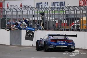 【スーパーGT】第4戦もてぎ これで王座争いの仲間入りができる……17号車KEIHIN NSX-GTの金石勝智監督、今季2勝目を飾るも気を抜かず