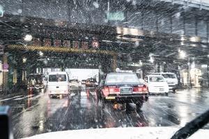 「雪予報」が出てからでは遅すぎる! 「スタッドレスタイヤ」と「チェーン」の準備はなぜ「早すぎ」くらいが正解なのか