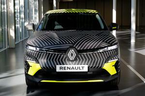 【上品な電動SUV】ルノー・メガーヌEテック・エレクトリック 試作車公開 2022年発売予定
