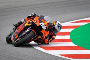 【MotoGP】KTM・RC16が新採用の燃料で大幅パワーアップ! カタルニアGPで今季初優勝を飾った改良型マシンの秘密とは?